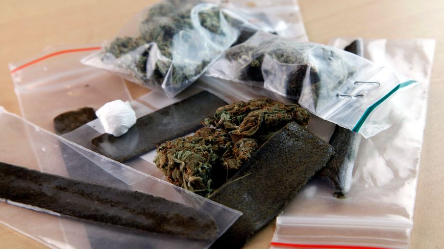 Quinze personnes sont jugées à Montbéliard pour un vaste trafic de drogue. Novembre 2016.