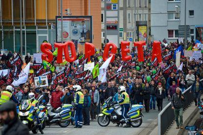 Manifestation contre le CETA le 23 Avril 2016 à Hanovre, en Allemagne.
