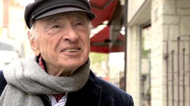 """Portrait d'Edgar Morin en 2015 sur le tournage de """"Edgar Morin. Chronique d'un regard""""."""
