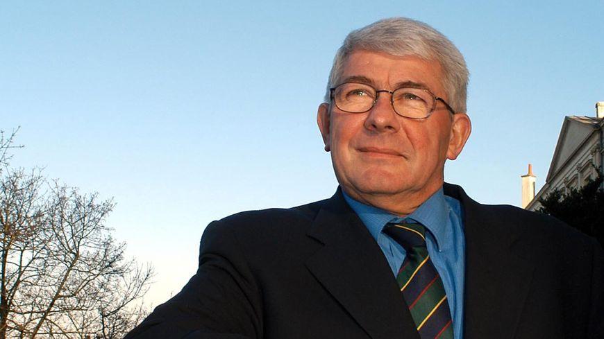 Le sénateur Les Républicains Louis Pinton est mort à l'âge de 68 ans