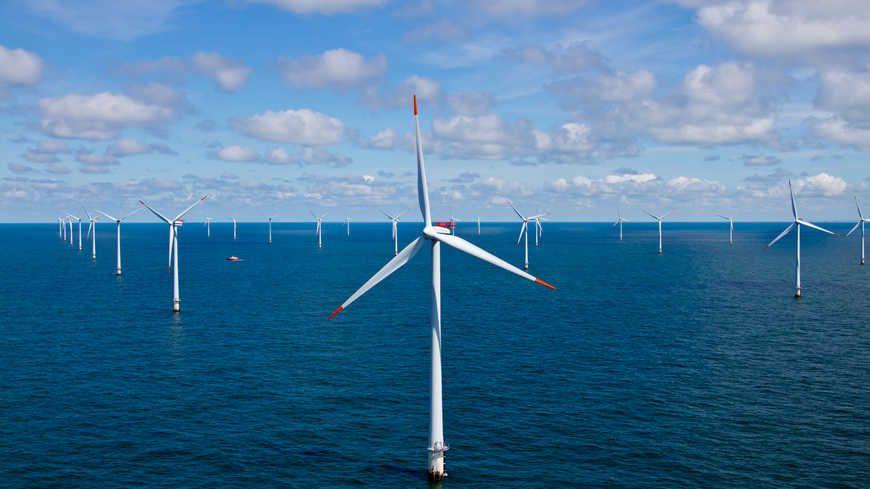 Des recours retardent trois  projets de parcs éoliens offshore au large des côtes françaises