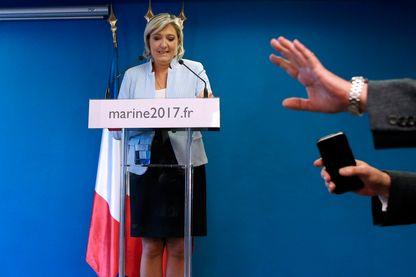 Marine Le Pen commente les résultats de l'élection présidentielle américaine