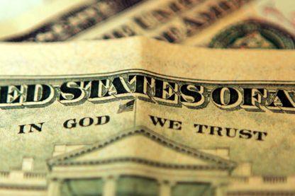 """""""En Dieu nous croyons"""" que l'on retrouve sur chaque billet de banque"""