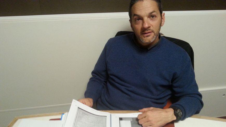 Eric Amouraben mène l'enquête d'identification