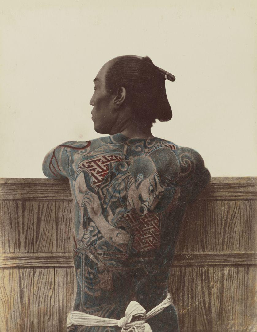 """Tatouage japonais"", de Kusakabe Kimbei ou Raimund von Stillfried, entre 1870 et 1899"