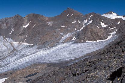 Le glacier de Sarrenne, ou du moins ce qu'il en reste
