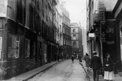 Rue des Rosiers au début du XXe siècle