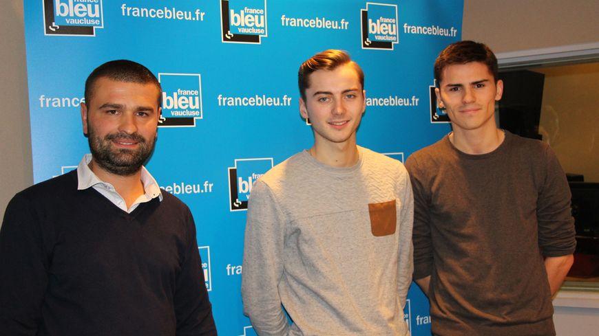 Les représentants des jeuens socialistes, Les Républicains et Front National dans le studio France Bleu Vaucluse