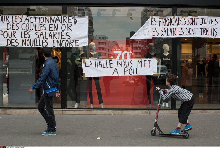 Manifestation des salariés de Vivarte au printemps 2015