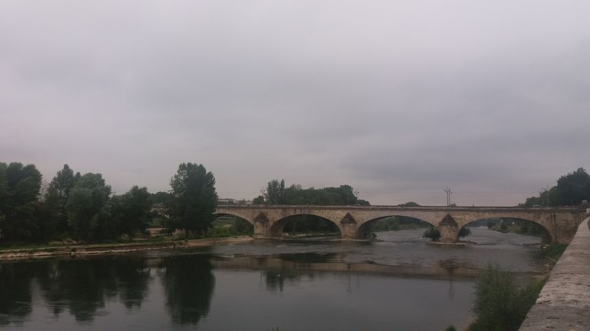 Le Pont Royal, ou George V, est toujours le gros point noir signalé par les cyclistes orléanais