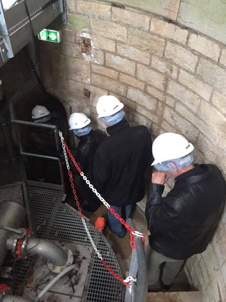Port du casque obligatoire pour descendre visiter le réservoir Darcy à Dijon