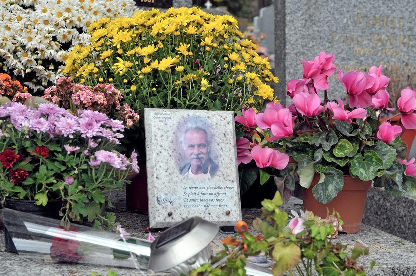 Malgré son codicille, Georges Brassens n'est pas enterré en plage de Sète mais...