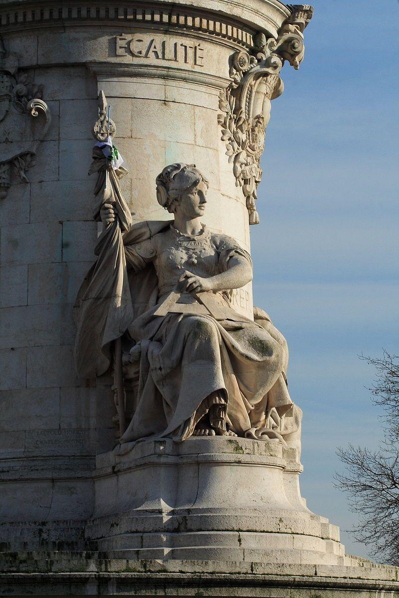Place de la République, Paris. Allégorie de l'Égalité
