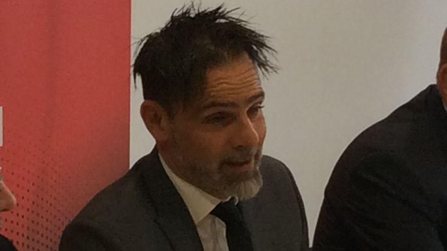Marco Simone lors de sa présentation à la presse