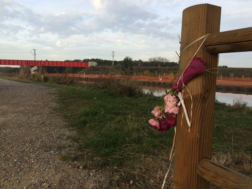 Un an après le drame, un jardin du souvenir doit être installé sur ce terrain.