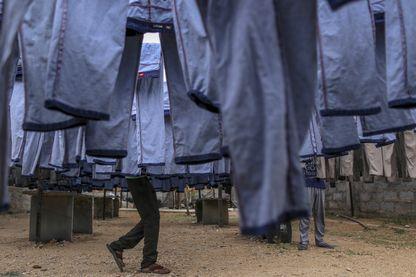 Production de denim pour les jeans en Inde