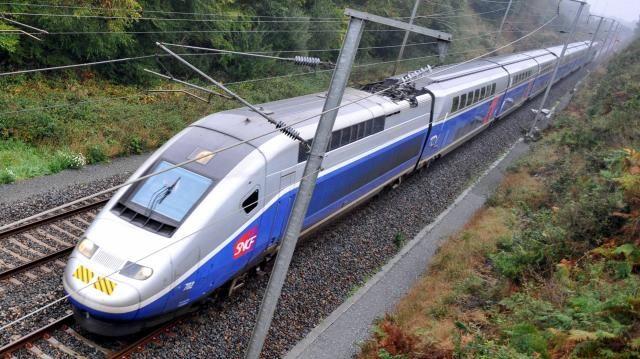 Le trafic a été interrompu pendant trois heures sur la ligne TGV Quimper-Paris