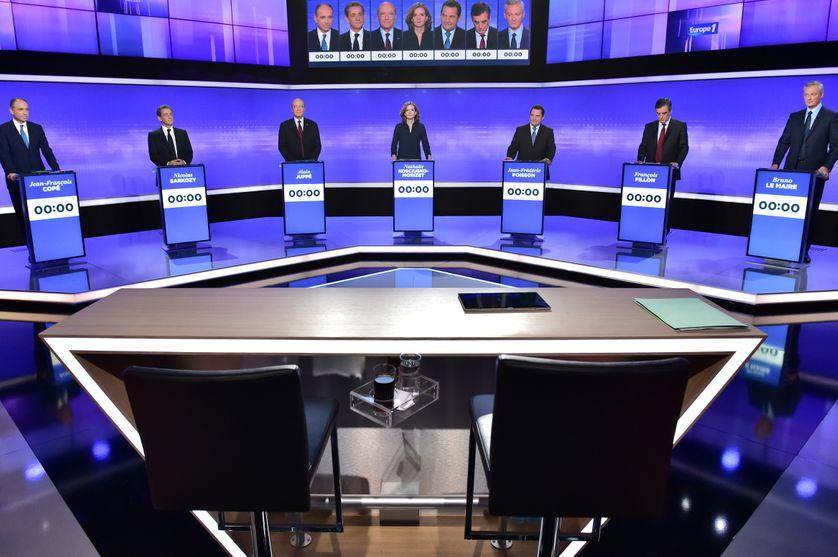 Les candidats à la primaire de la droite et du centre pendant le troisième débat télévisé, jeudi 17 novembre