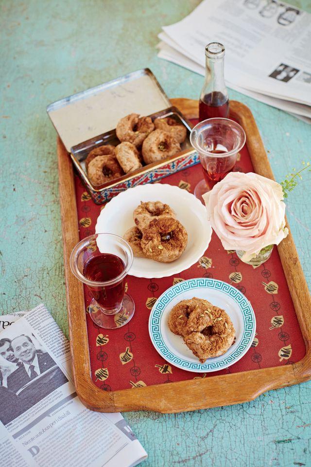 """Tarallucci , recette tirée de """"A la romaine : Cuisine de la Dolce Vita"""""""