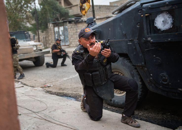 Commandant de forces spéciales irakiennes dans un combat de rue aux abords de Mossoul le 16 novembre 2016
