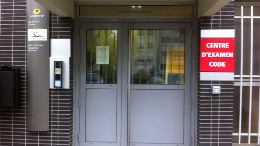 L'Ecole de la Banque de la Poste de Clermont-Ferrand Croix Nyrat accueille les épreuves du Code de la Route depuis juillet 2016