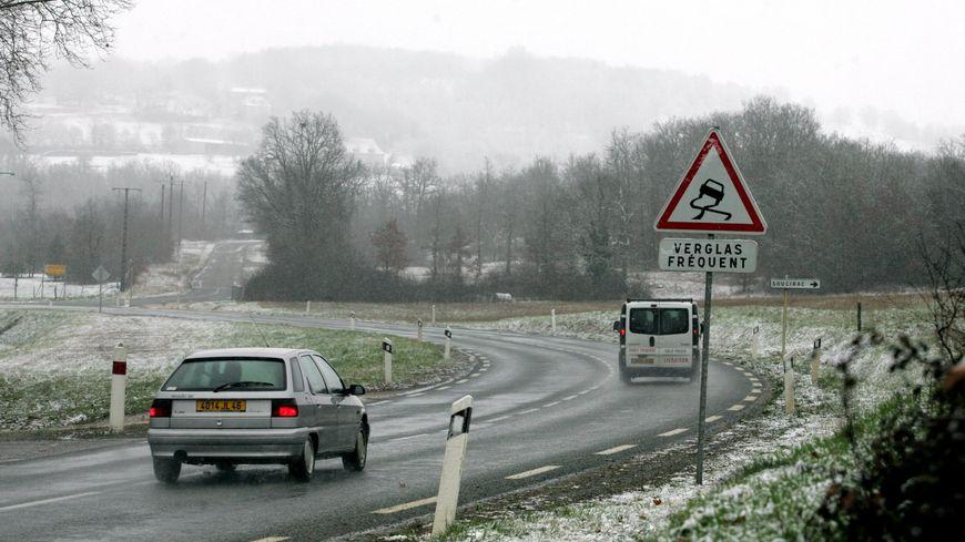 Prudence ce vendredi matin sur les routes bretonnes, ça glisse à cause du verglas