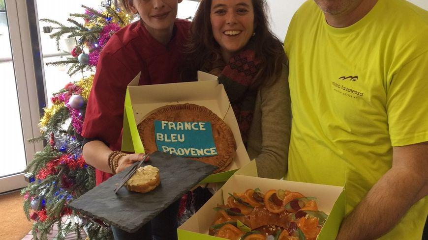 La Chef Delphine Bodiguel, et l'artisan Pâtissier Marc Favalessa aux côtés de Mélanie Masson