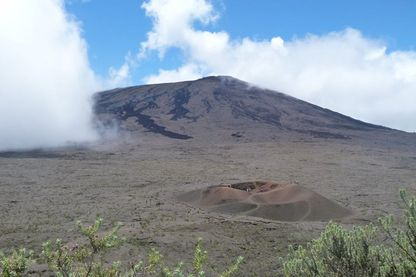Au pied du Piton de la Fournaise sur l'île de la Réunion