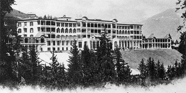 Le sanatorium Schatzalp à Davos vers 1900.