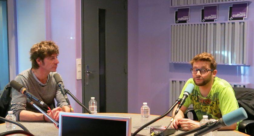 France Culture, studio 153, pendant l'émission... le comédien Elliot Jenicot & Damien Roudeau se consacre au reportage dessiné depuis 2001 (de g. à d.)