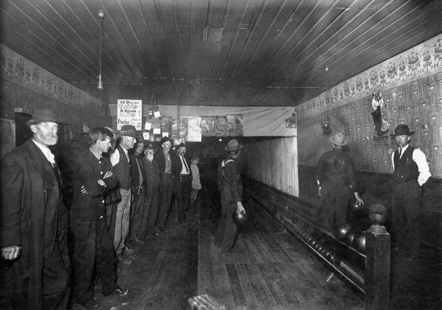 Joueurs de bowling en 1890