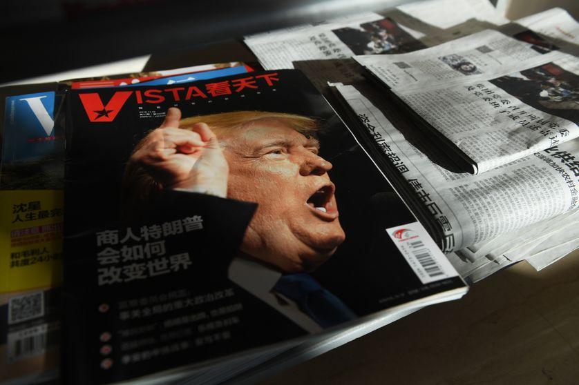 Le président américain Donald Trump, en couverture d'un magazine chinois