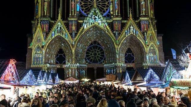 noel 2018 reims Marché de Noël à la cathédrale de Reims : c'est parti pour durer noel 2018 reims