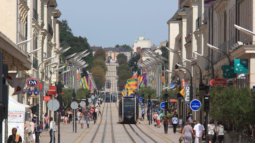 La présence d'un tramway, d'une gare TGV, de grandes entreprises, sont quelques-uns des atouts qui ont fait pencher la balance en faveur de Tours