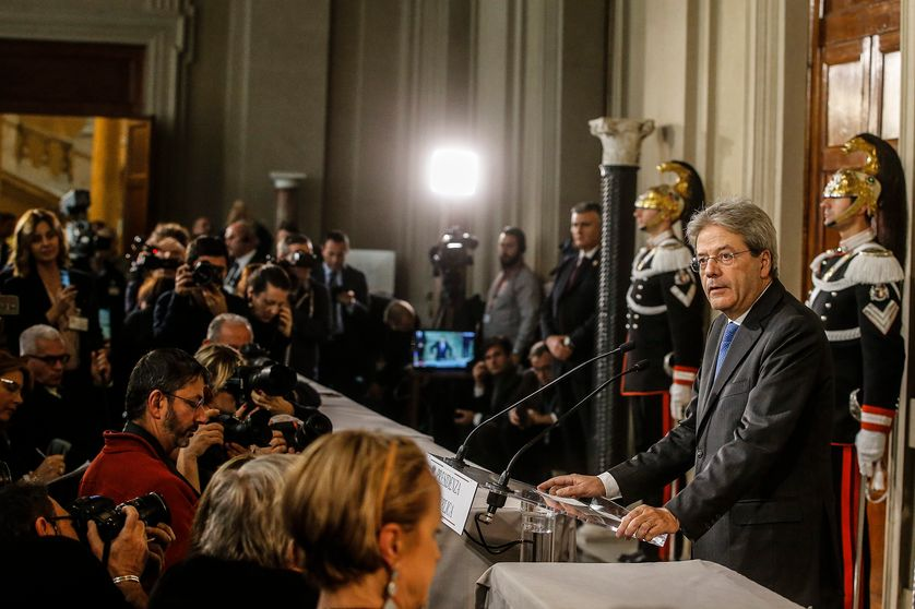 Paolo Gentiloni était auparavant ministre des affaires étrangères. Ici lors de sa 1ère conférence de presse de Premier ministre