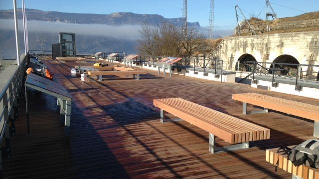 Le Belvédère Vauban du Fort de la Bastille de Grenoble avec ses 500m2 de parquet en bois... d'Amérique du Sud.
