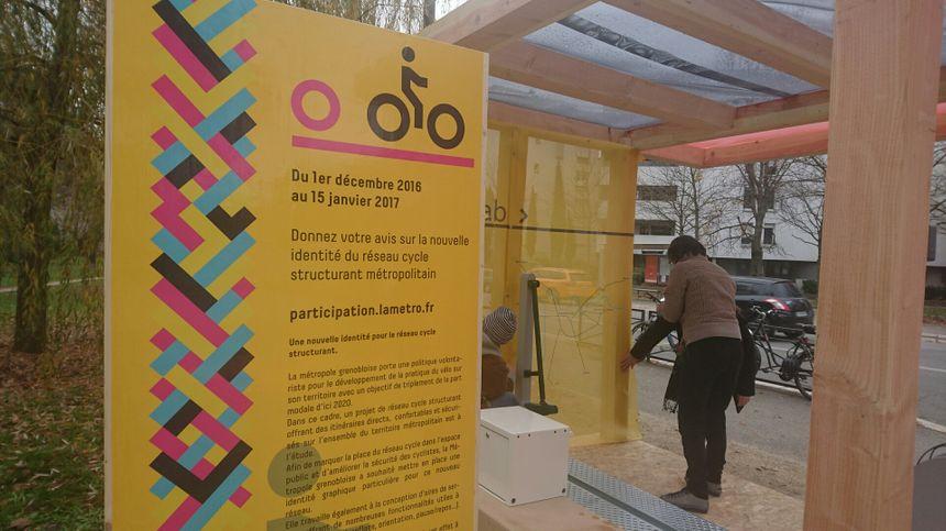 Une station service pour les vélos à tester au croisement des avenues Jean-Perrot et des Jeux Olympiques