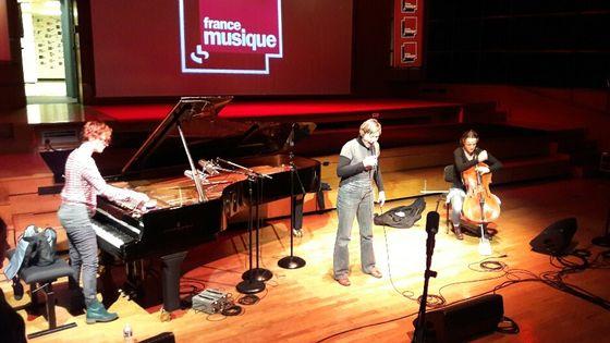 Le trio Harnik Giesriegl Lebrat en balance au studio 106