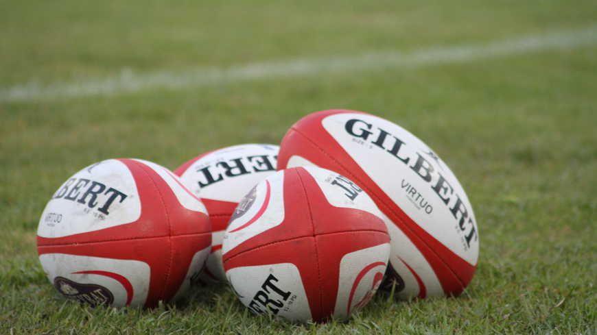 Ballons de rugby (illustration)