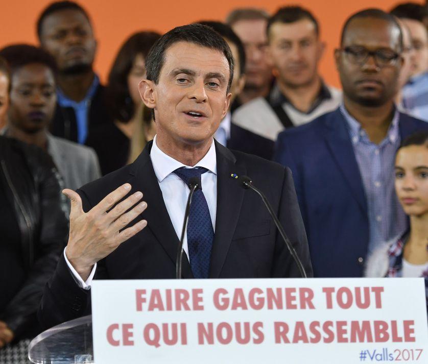 Manuel Valls se lance dans la course pour la présidentielle via la primaire de gauche
