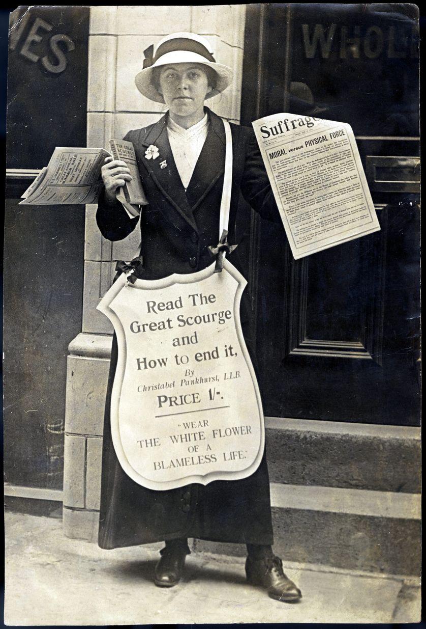 WOMEN'S RIGHTS/NEWSPAPER