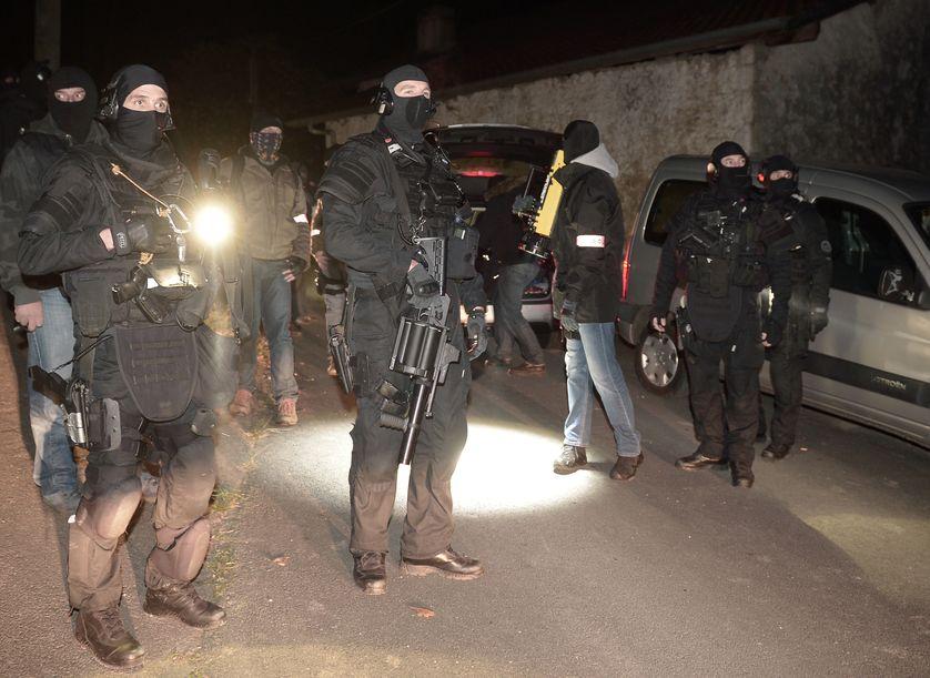 Opération de police menée contre l'ETA à Louhossoa près de Bayonne, 16 décembre 2016