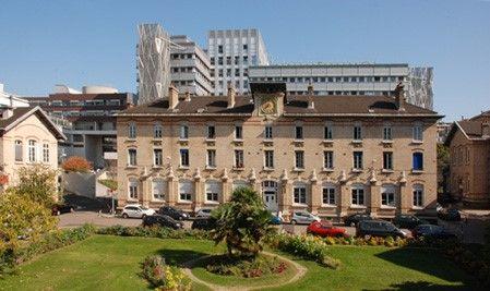 Vue générale de l'hôpital Trousseau - 26 avenue du Dr Arnold Netter - Paris 12e