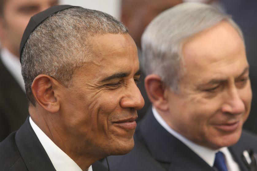 Le Président américain Barack Obama (g) et le Premier Ministre israélien Benjamin Netanyahou (d), lors des funérailles du Premier Ministre Shimon Peres