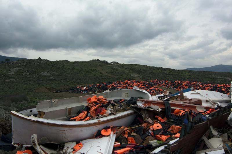 Gilets de sauvetage déposés à Lesvos, en Grèce