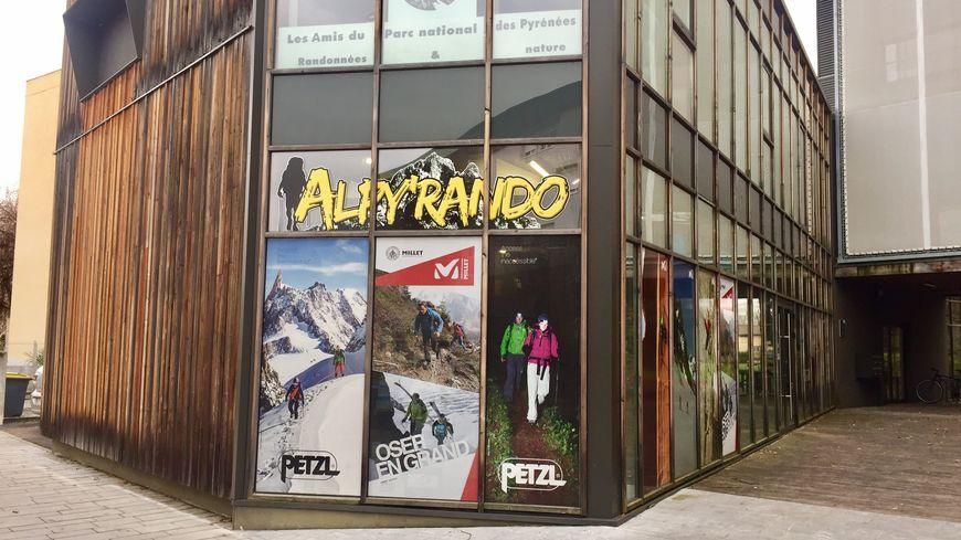 le magasin alpy 39 rando pau pill le jour de no l. Black Bedroom Furniture Sets. Home Design Ideas