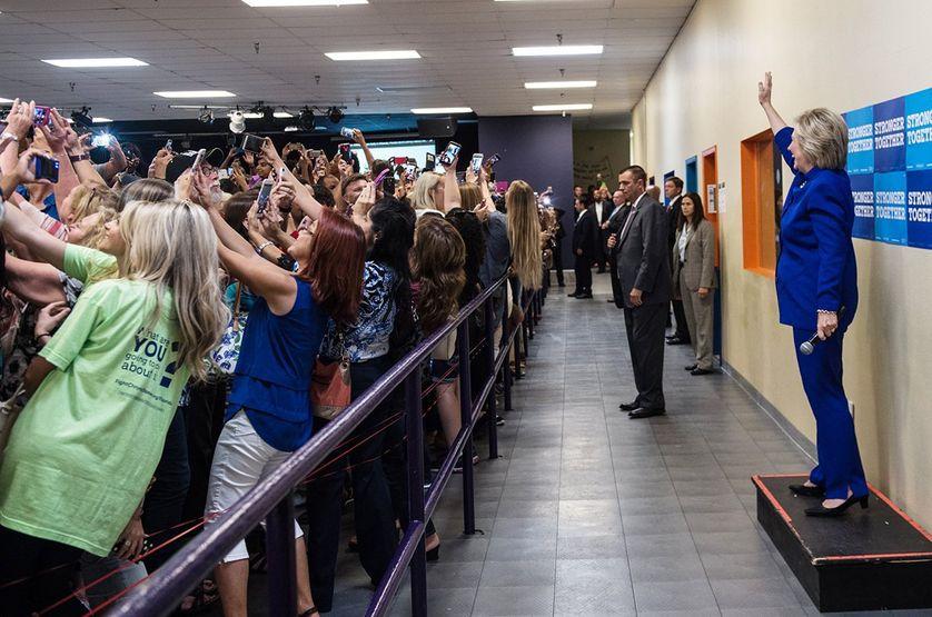 Selfie géant de Clinton,  le 21 septembre 2016 à Orlando en Floride