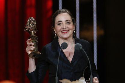 """Dominique Blanc a reçu le Molière de la meilleure actrice pour son interprétation dans """"Les Liaisons dangereuses"""" en mai 2016"""