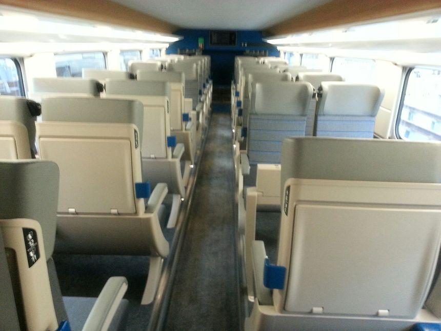 La seconde classe du TGV l'Océane