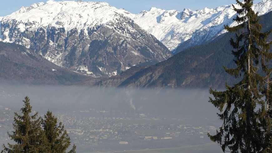 La pollution aux particules fines atteint le niveau d'alerte dans les vallées alpines